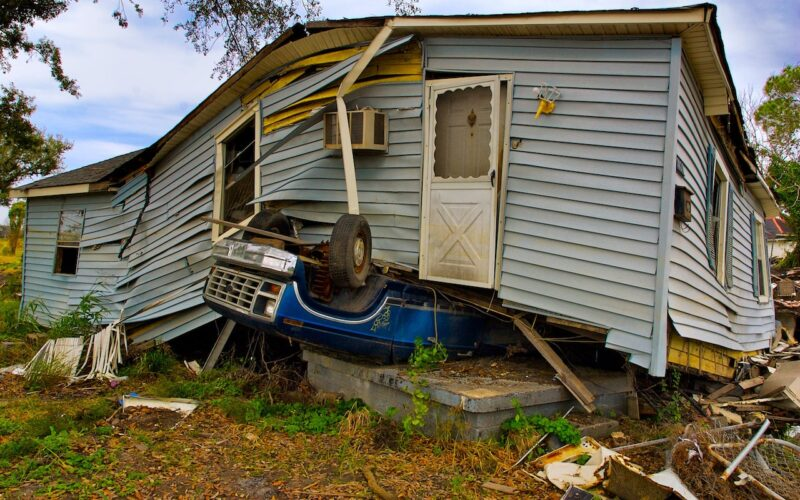 6 Ways To Prepare For a Natural Disaster